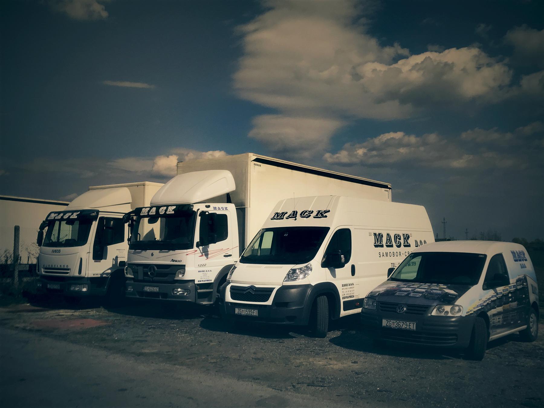 Mack transport - dostavna vozila